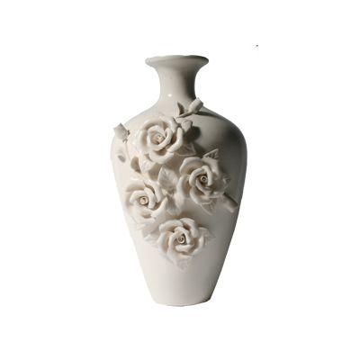 Vaza cu trandafiri conica alb-crem